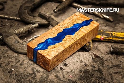 АК51 Брусок для рукояти гибрид: акриловый композит(синий перламутр) и стаб. карельская береза