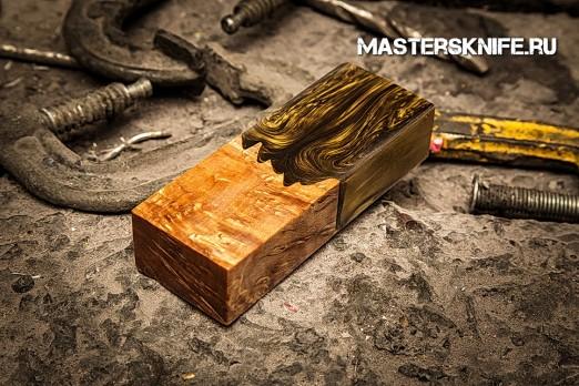 АК43 Брусок для рукояти гибрид: акриловый композит(золото перламутр) и стаб. карельская береза