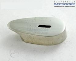 Гарда из латуни А040 . Размеры посадочного места под рукоять ножа 19х29 мм