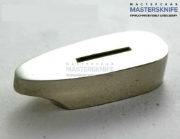 Гарда из латуни А042 . Размеры посадочного места под рукоять ножа 16х31 мм